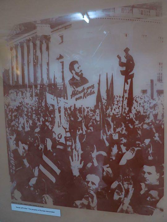 博物館內展品:歐洲人民反對美國干涉古巴。