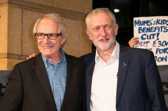 肯·洛區與英國工黨黨魁科爾賓合照。(網絡圖片)